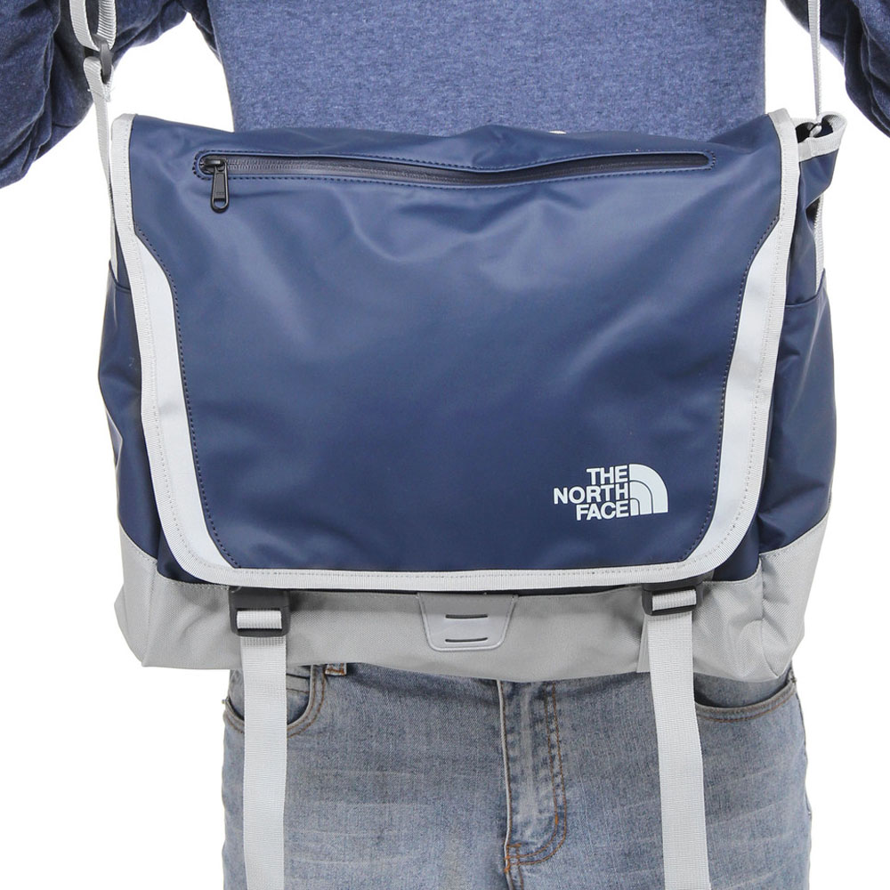 The Camp Blue Sac Base Face Messenger North Cosmic LSUqVMpzG
